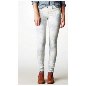 American Eagle floral print stretch jegging